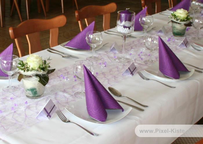 Tischdekoration für die Kommunion Konfirmation