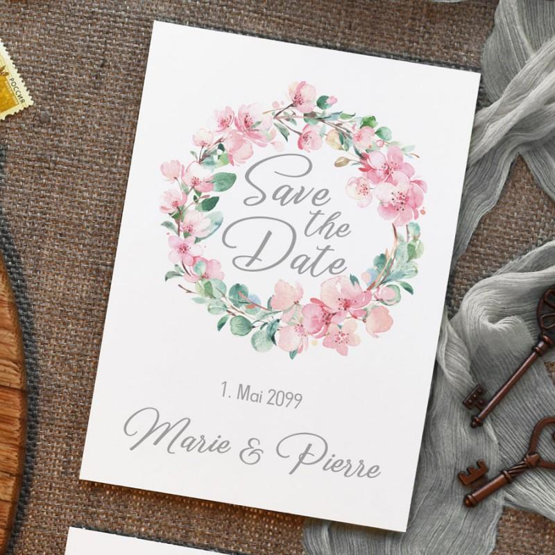 Save-the-Date Karten für die Hochzeit mit Kirschblüten und Eukalyptus