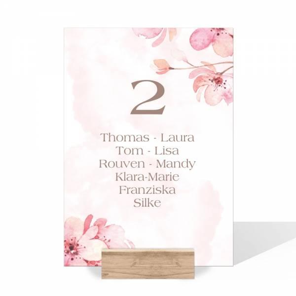 individuelle Gruppentischkarten mit Kirschblüte für die Hochzeit
